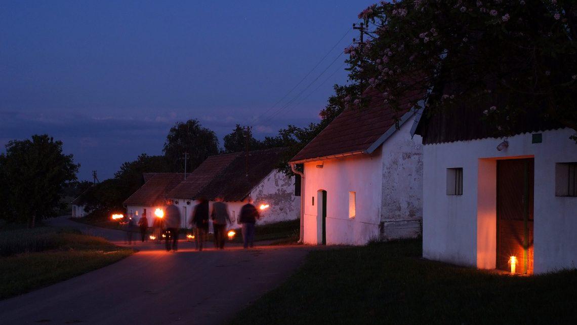 PR Bild Vino Versum Poysdorf Lange Nacht der Kellergassen © Seymann